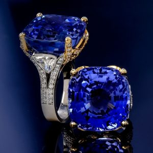 GIA Certified Ceylon No Heat 35.34 carat Sapphire Diamond Platinum 18K Ring