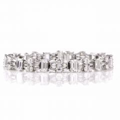Certified Emerald cut Diamond Platinum Bracelet