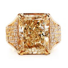 Estate 15.07 Carats Natural Fancy yellow Radiant Diamond 18K Gold Ring