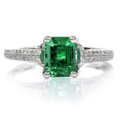 Estate GIA Colombian Emerald Platinum Elegant Ring