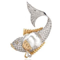 Vintage  Diamond Pearl 18K Two Toned Fish Brooch Pin