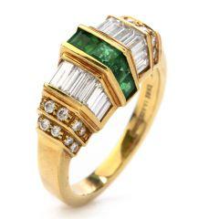 Picchiotti Asscher Emerald diamond 18 Karat Yellow Gold Ring