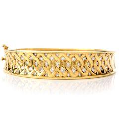 Estate Diamond 18K Yellow Gold Round Cut Bangle Bracelet