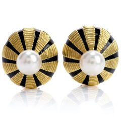 Tiffany & Co Pearl 18 Karat Yellow Gold Clip on Black Enamel Earrings