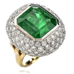 Estate Diamond Zambian Emerald 18K Gold Large Cocktail Ring