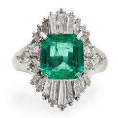 GIA 2.16 carats Emerald Diamond Platinum Ballerina Cocktail Ring