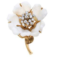 Vinatge 1960s Diamond Alabaster Rock 18K Gold Flower Brooch Pin