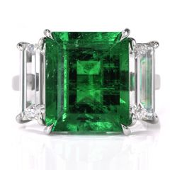 Three Stone Rectangular Emerald Diamond Platinum Ring