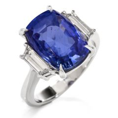 Estate Natural No Heat Ceylon Sapphire Trapezoid Diamond Platinum Ring