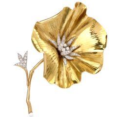 Vintage Diamond Flower 18K Yellow Gold French Brooch