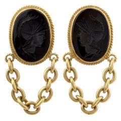 Estate Onyx Roman Soldier 18K Yellow Gold Chain Link Dangle Clip On Earrings