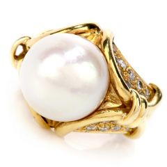 Estate Pearl Diamond 18K Yellow Gold Cocktail Ring