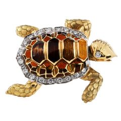 Vintage Diamond enamel 18K Gold Turtle Brooch Pin