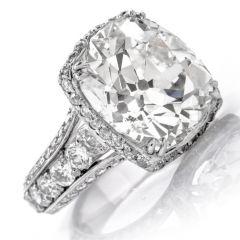 Vintage 12.43 Carats Cushion Diamond 18k Gold Engagement Ring