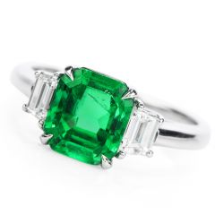 Estate AGL 2.22 carats Colombian Emerald Diamond Platinum Engagement Ring