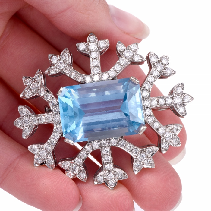 2078e666cc98f Antique Pins & Brooches Online | Dover Jewelry & Diamonds